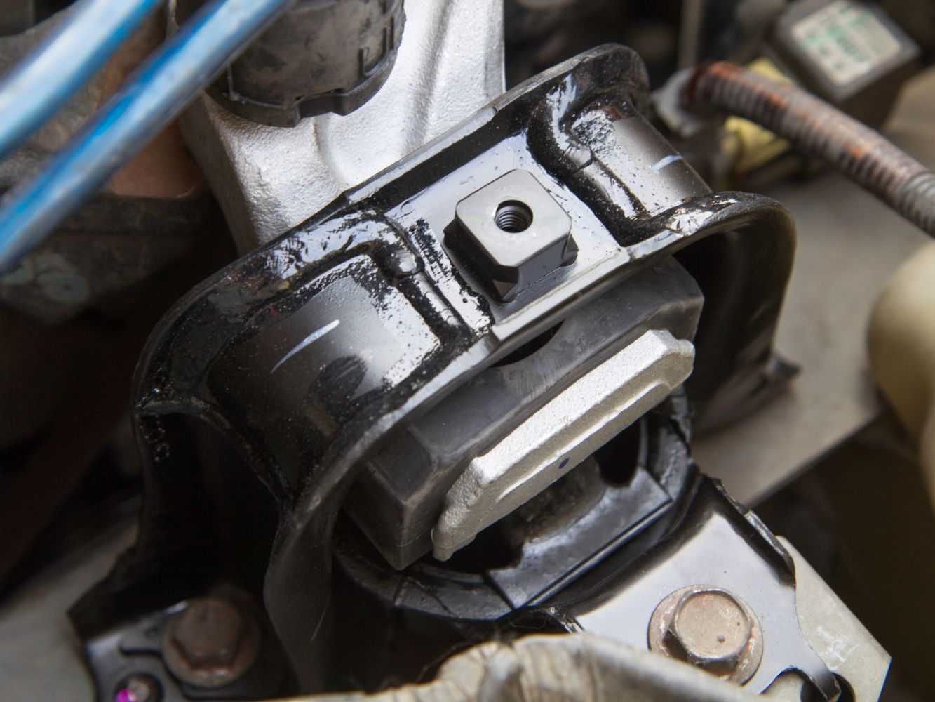Engine Hoist Mount Engine Mounting Engine Mount Lower for Renault Megane 2