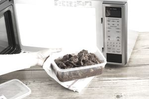 Taking food out of a clean microwave