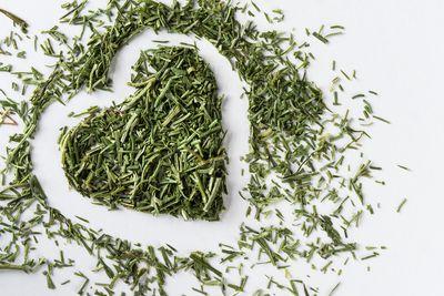 how to keep dried herbs fresh