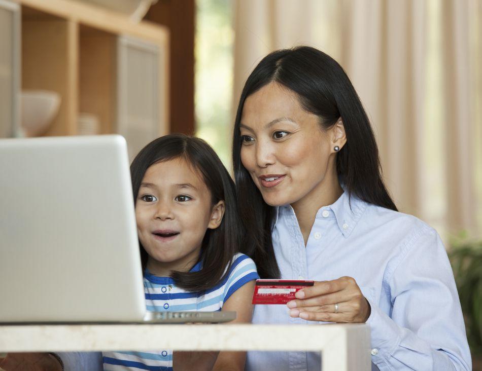 Make Sure You Shop Cyber Monday Like a Boss