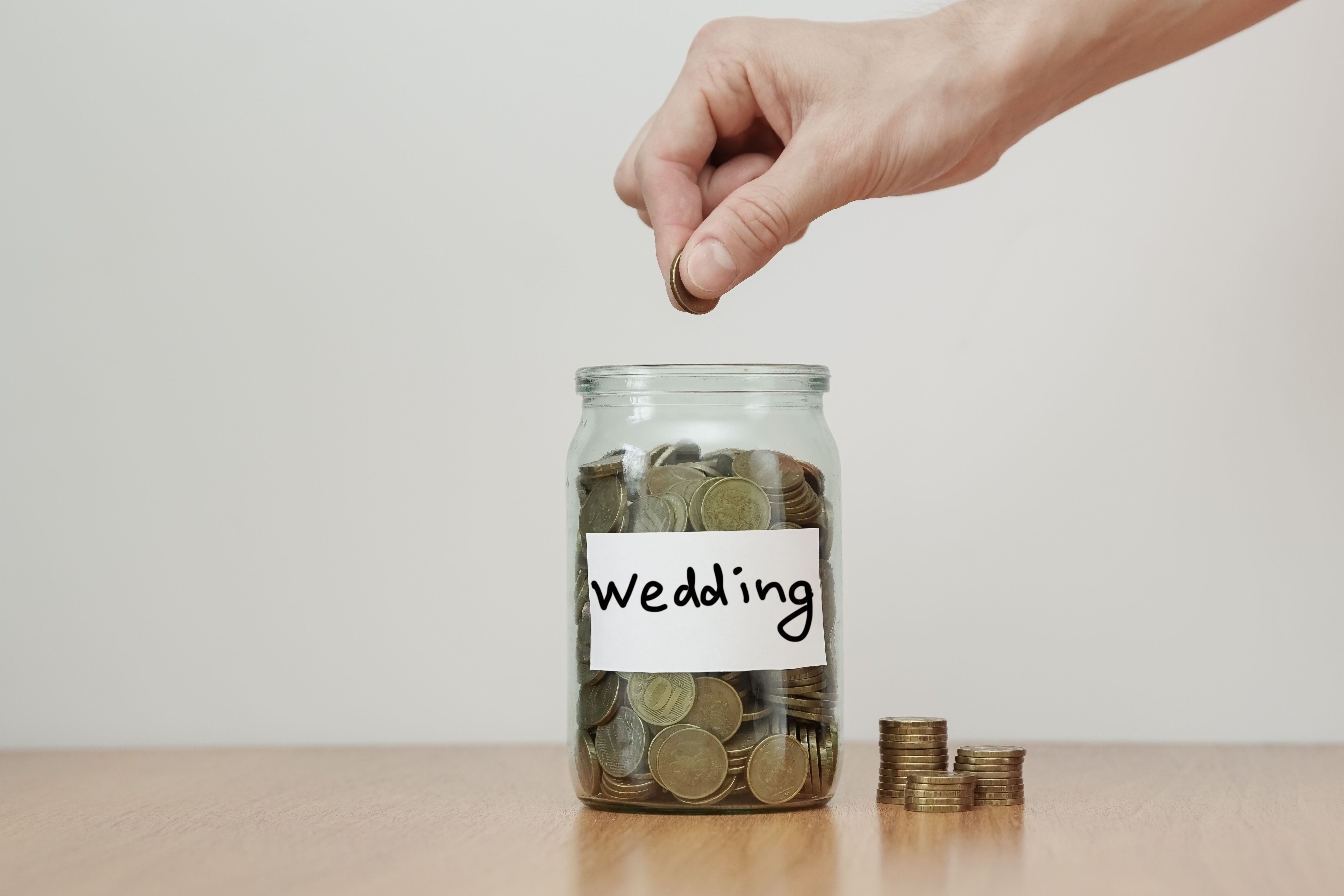 Free Wedding Stuff To Help You Save On Your Big Day
