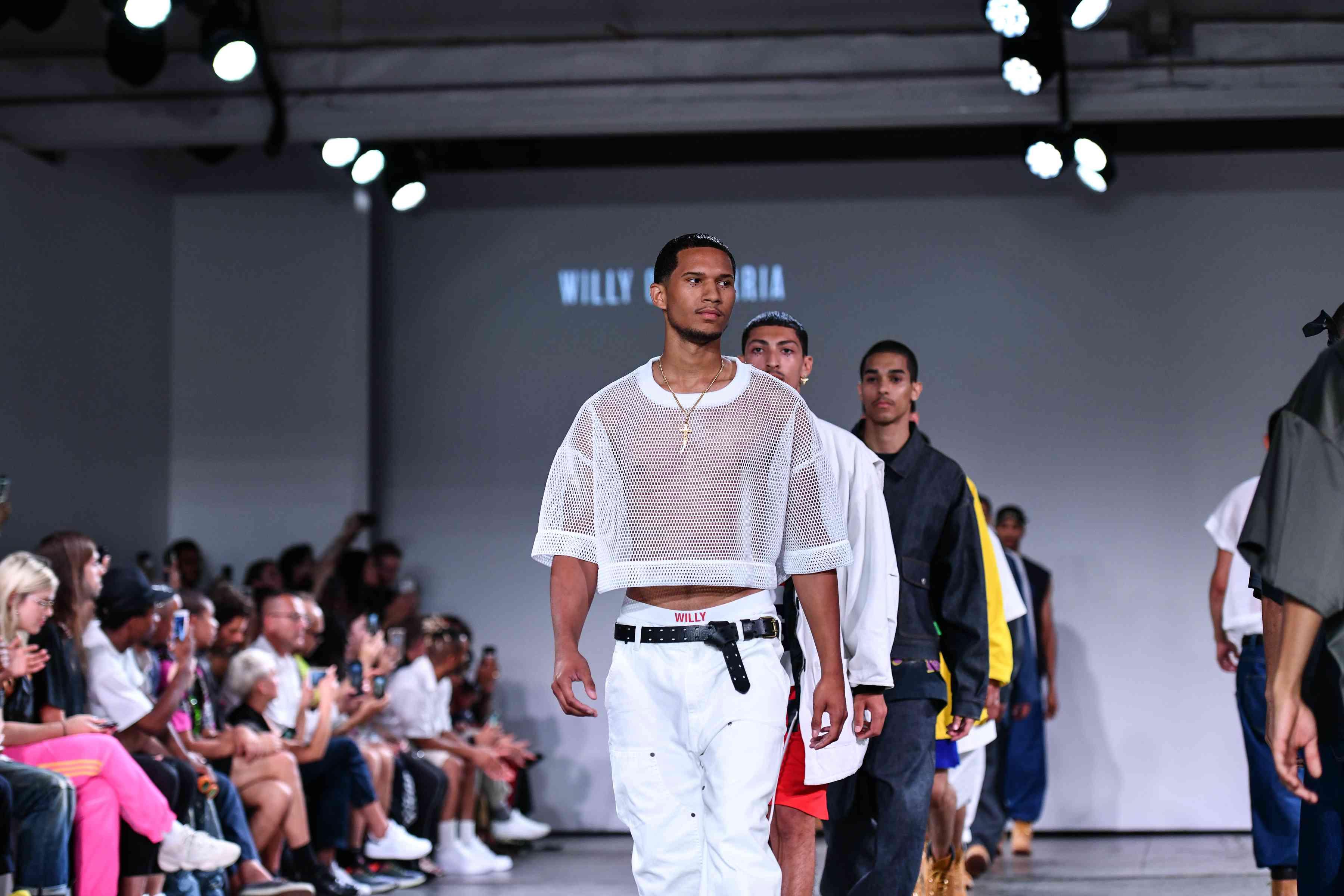 Модельное агентство new fashion освещение для веб модели