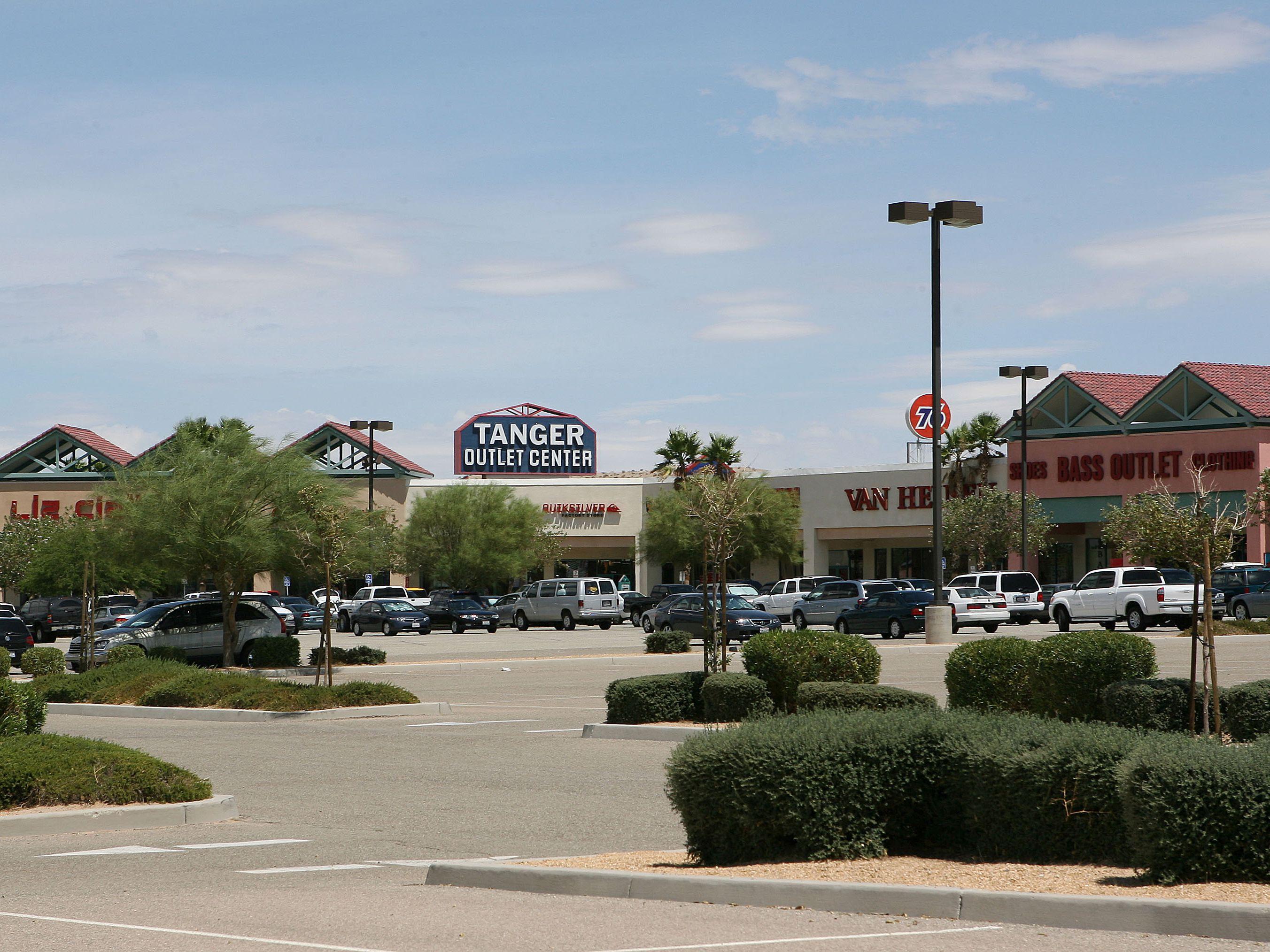 tiendas populares elige lo último elige genuino Outlet Malls in Delaware - Tanger Outlets Rehoboth Beach